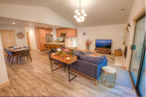 Oak Scape Living Area