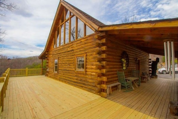 Cabin: Views Galore; Look At This Deck!