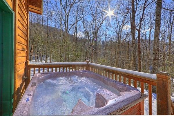 Book Smoky Mountain Romance, Gatlinburg, Tennessee - All Cabins