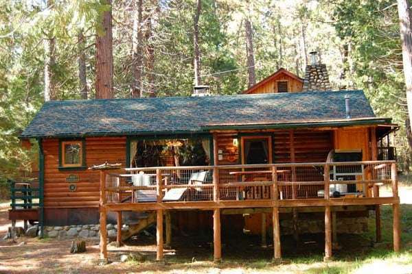 Yosemite national park cabin rentals getaways all cabins for Cabins in yosemite valley
