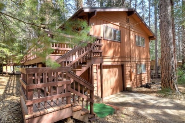 Yosemite national park cabin rentals getaways all cabins for Yosemite national park cabin rentals