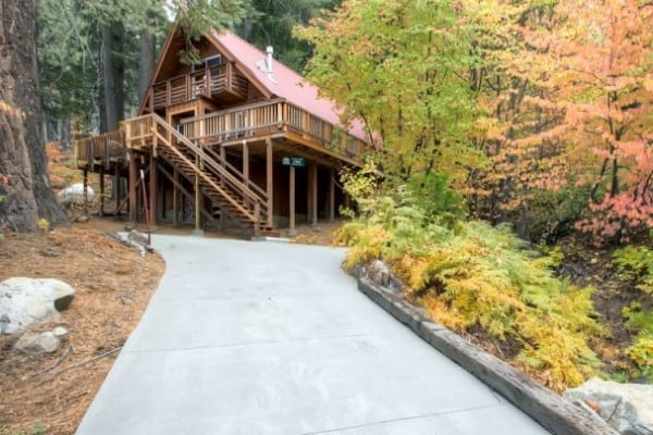 cabins national in haven tree at yosemite discover cabin lodging rentals image park