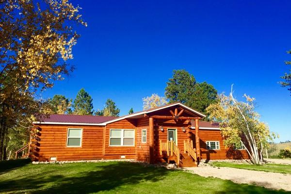 Book two bit place black hills south dakota all cabins for Cabine black hills south dakota