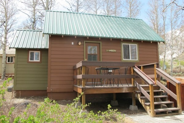 Book tahoe 19 mammoth lakes california all cabins for Mammoth mountain cabins pet friendly