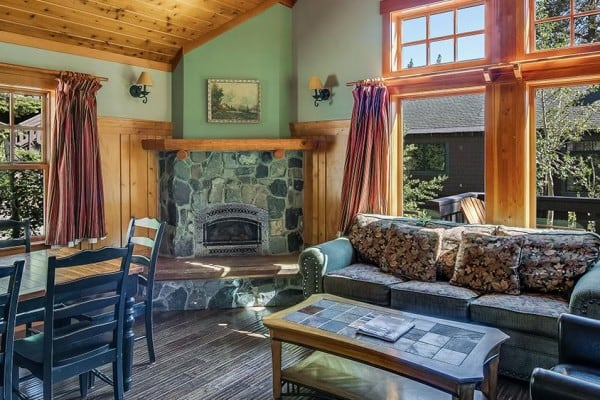 Book Deluxe 1-Bedroom & Loft Cabin, Mammoth Lakes ...