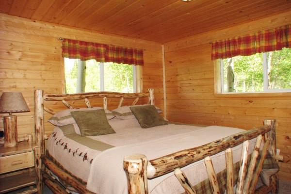 Aspen Cabin - Bedroom