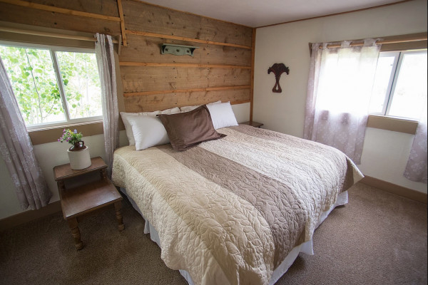Ranch House - Bed 2