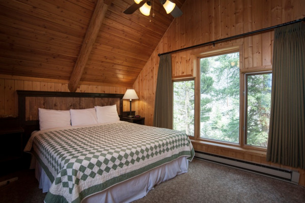 Chalet - Bed 1