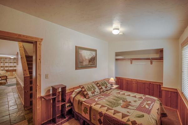 Absaroka Cabin - Bed 5