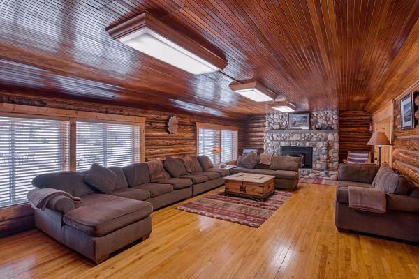 Absaroka Cabin - Living Room 2