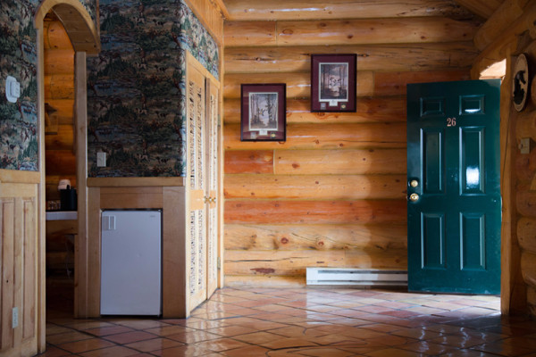 Madison Cabin - Entry