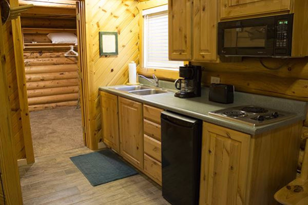 Lakeside Cabin - kitchen
