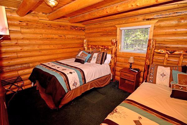 Lakeside Cabin - twin room