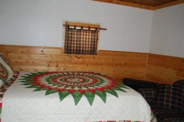 Cabin 40 - Bedroom