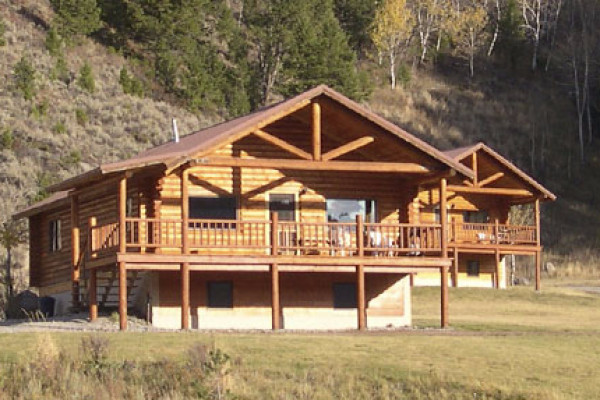 Book the aspen lodge west yellowstone montana all cabins for Madison cabin rentals