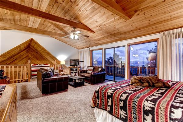 Upper Loft Suite