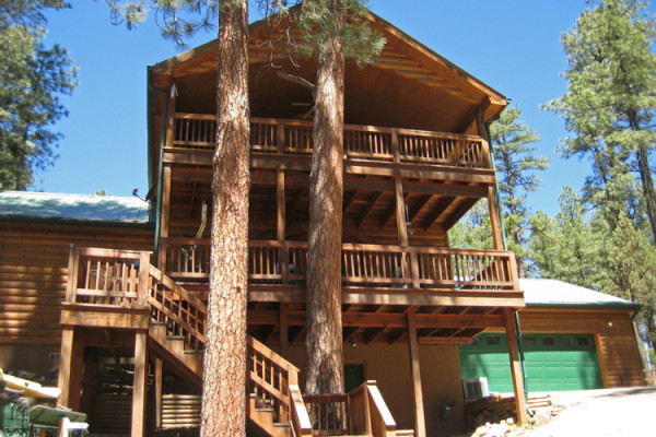 Decks upon decks for fabulous outdoor relaxing