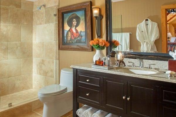 Cabin  Bedroom  Bathroom. Book Superior Creekside King Cabin  Jackson Hole  Wyoming   All Cabins