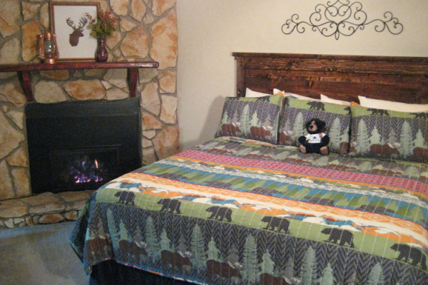 King Bed and Fireplace