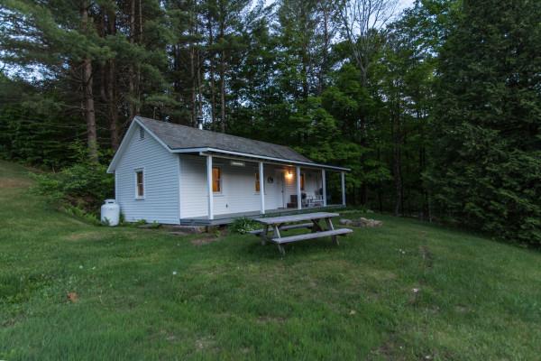 Adirondacks new york cabin rentals getaways all cabins for New york cabin