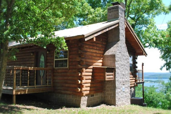 Gentil Cabin: Exterior; View