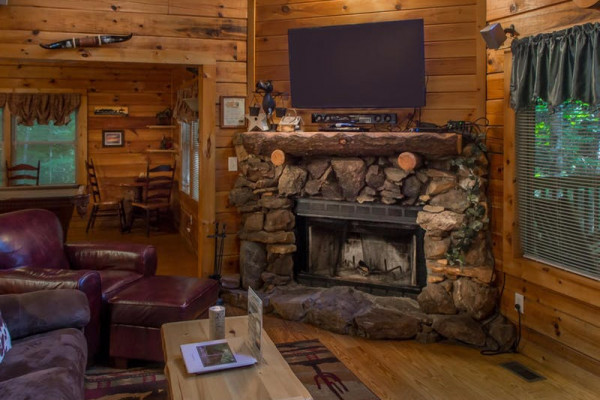 Fireplace & Flat Screen TV