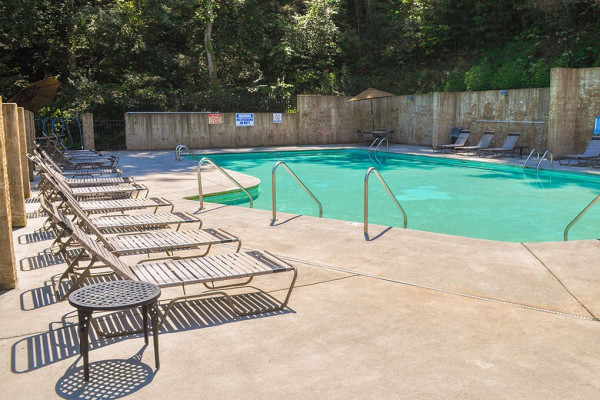 Outdoor Accessible Pool