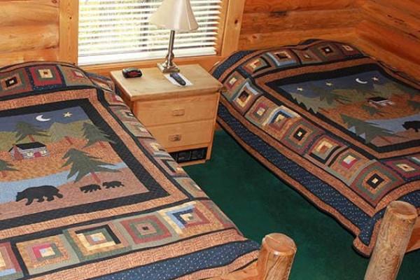 Standard Cabin with 2 Queen Beds