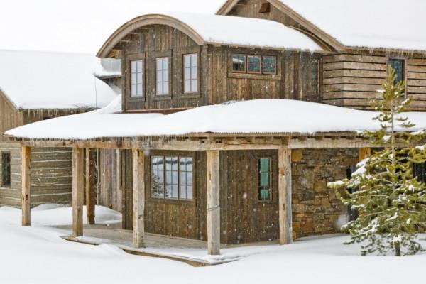 Exterior - Winter