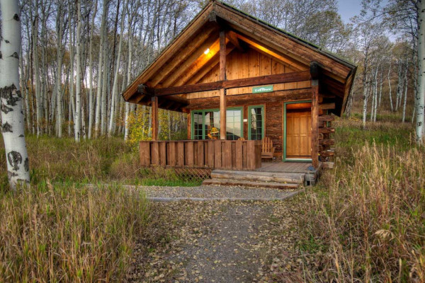 Steamboat springs colorado cabin rentals getaways all for Cabins in steamboat springs