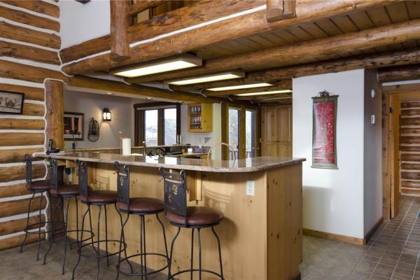Kichen Bar