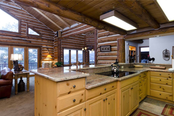 Book ponderosa lodge steamboat springs colorado all cabins for Steamboat springs cabins for rent