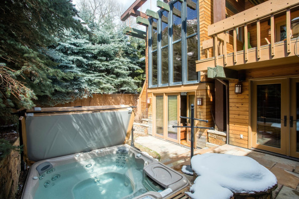 Hot Tub and Back of House