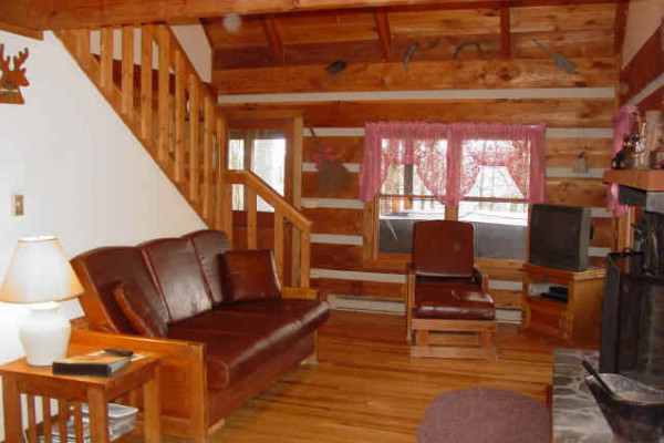 Book serenity ridge boone north carolina all cabins for Living room queen creek