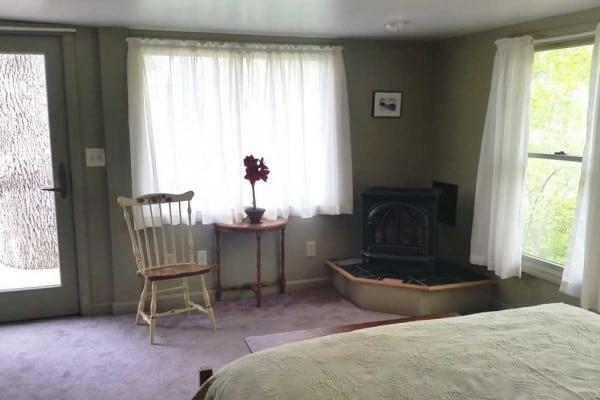 Queen Bedroom Fireplace