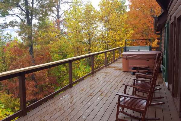 Back Deck, Hot Tub & View