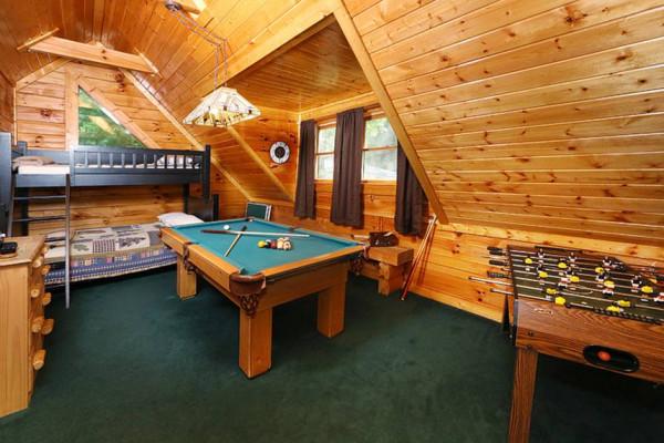 Game room & bunk beds