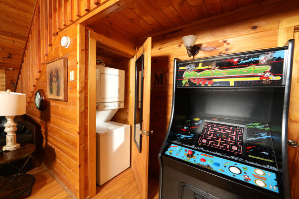 Game room & Washer Dryer
