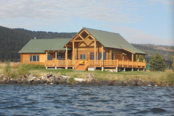 Book Yellowstone Log Home On Henry U0026 39 S Lake  West Yellowstone  Montana