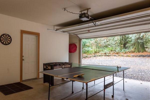 Garage + Ping Pong