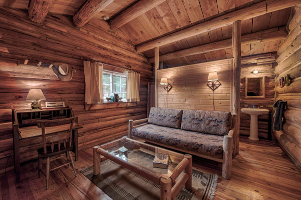 The Josephine Cabin - Sitting Area