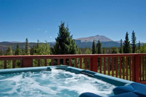 High Country Lodge Hot Tub
