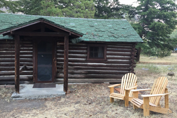 Trails End Cabin