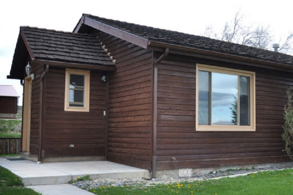 The Brown Trout - Duplex Cabin