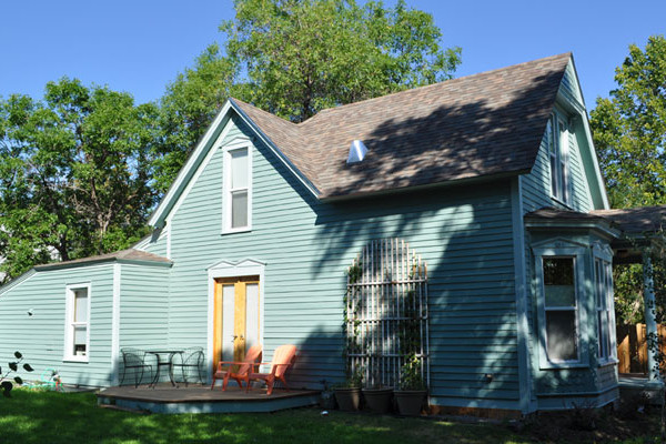 Book Belle Maison North Yellowstone Montana All Cabins