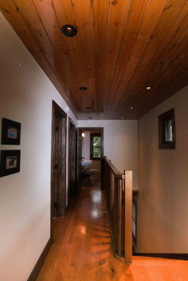 Hallway to back bedrooms and bath