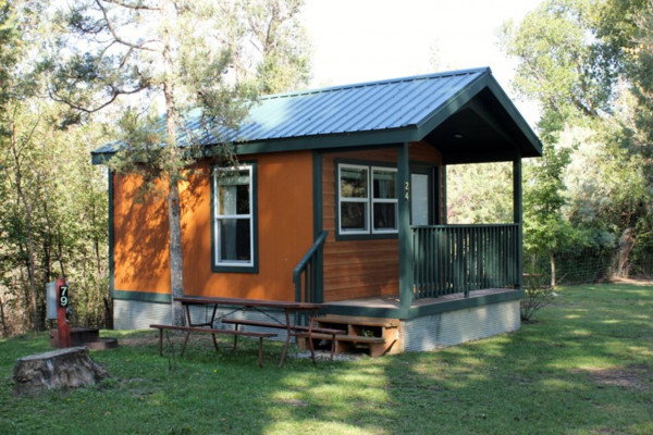 Book Deluxe Cabin North Yellowstone Montana All Cabins