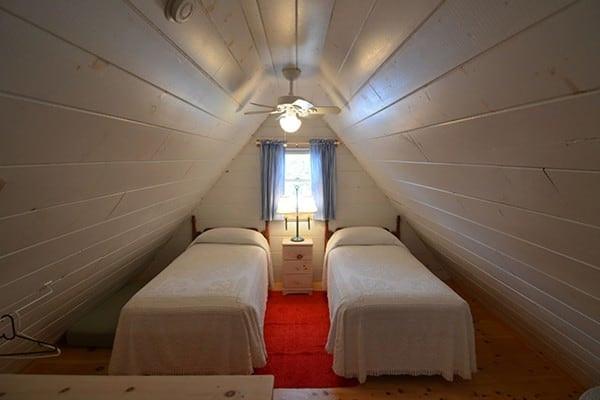 Loft - Twin Beds