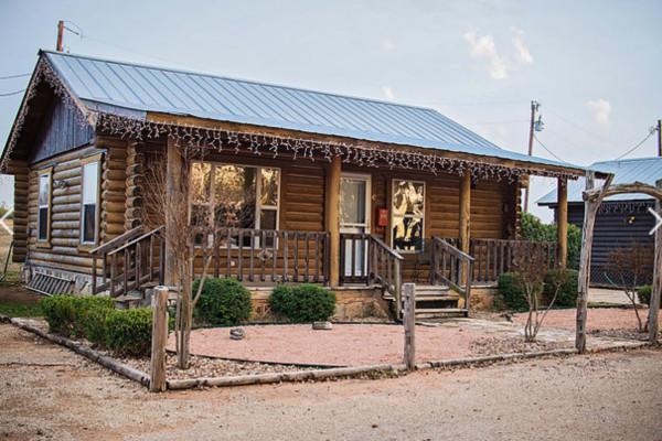 Book Bluebonnet Cabin Fredericksburg Texas All Cabins