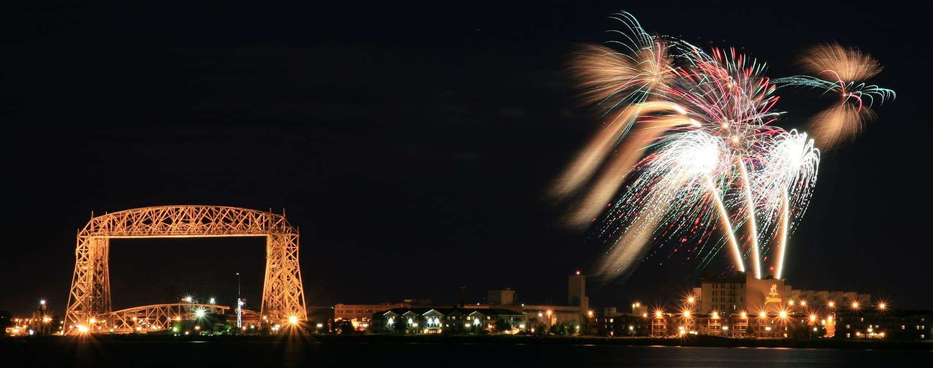 Duluth, MN - Fireworks